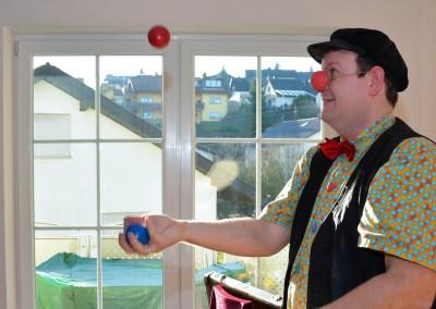 jonglage-im-wohnzimmer
